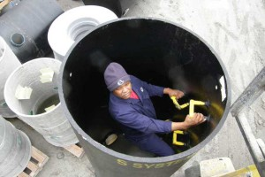 1500 dia sewer manhole